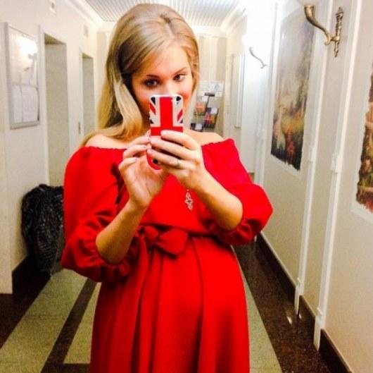 Шикарная фотосессия в красном платье